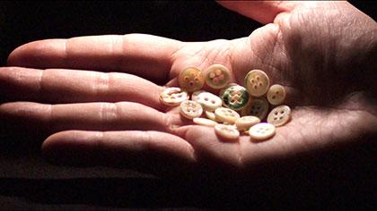 真珠のボタン